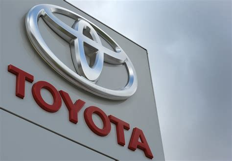 toyota company toyota will pay 16m fine in gas pedal penalty new york post