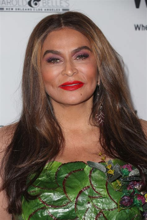 tina knowles long center part long hairstyles lookbook
