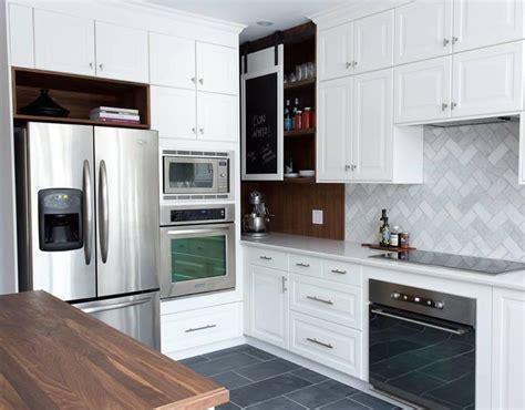 cuisine luxueuse métamorphose réno de cuisine sombre à cuisine luxueuse