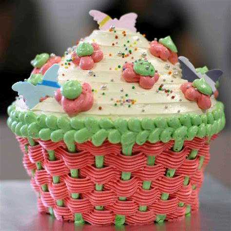 Let them eat cake - Big Cake Bake