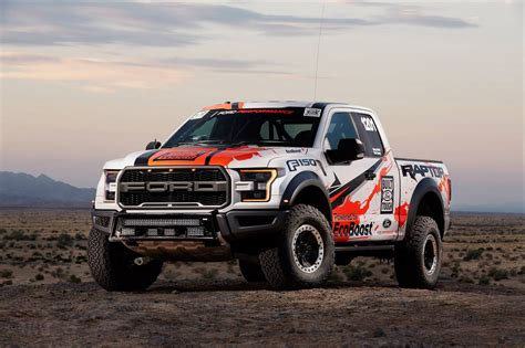 ford f 150 raptor photo of the day 2017 ford f 150 raptor stuns in the desert gtspirit