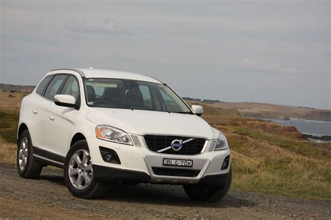 2010 Volvo Xc60 T6 Review by 2010 Volvo Xc60 T6 Road Test Review