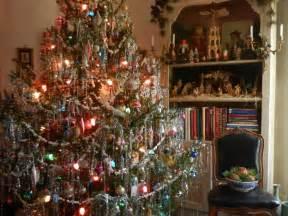 fantastic tinsel christmas tree twuzzer