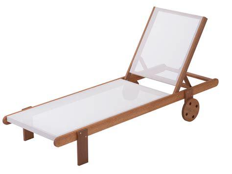 chaise de bain b b bien choisir un transat en bois pas cher conseils et prix