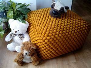 Pouf Tricot Jaune : crochet stuffed mustard yellow ottoman nursery pouf knit pouf ottoman wool chair ~ Teatrodelosmanantiales.com Idées de Décoration