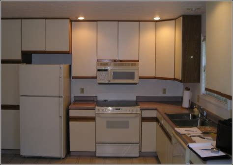 painting particle board cabinets 100 can you paint kitchen cabinets without sanding