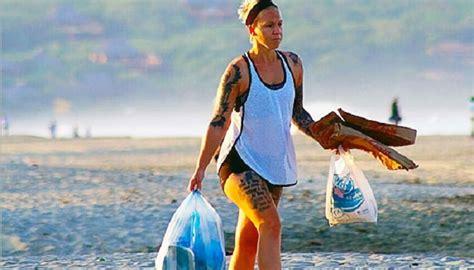 turistas extranjeros limpian playas mexicanas ecoosfera