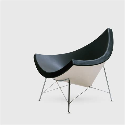 nelson coconut chair in nero leather herman miller