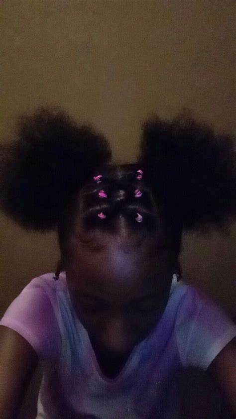includes rubber bands  color   puffs natural