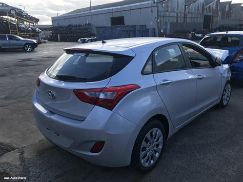 #64316, Used Right Taillight For 2016 I30  Gd, 5dr/3dr