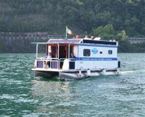 House Boat Vs Boat House by Casa Galleggiante A Tropea In Calabria Houseboat In Calabria