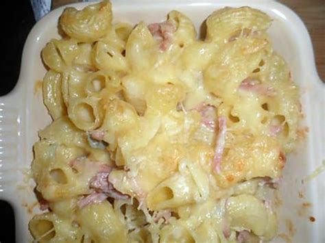 recette de le petit plat du dimanche gratin de p 226 tes aux fromages et jambon
