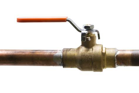 water shut valve where is the main water shut off valve