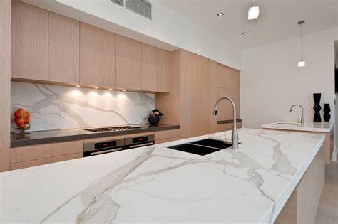 white tile bathroom gallery gt gallery gt quantum quartz