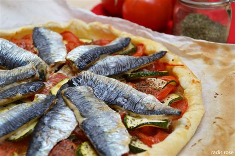 cuisiner des filets de sardines fraiches tarte tomate sardine pour un été riche en couleur et en goût