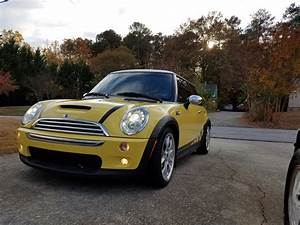 Mini Cooper S Jcw : fs 2005 r53 liquid yellow mini cooper s jcw gp options north american motoring ~ Medecine-chirurgie-esthetiques.com Avis de Voitures