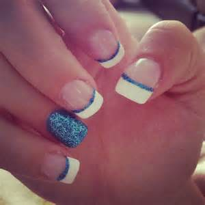 Blue acrylic nails sparkles french tip to try