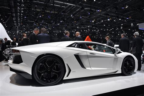 2012 Lamborghini Aventador Lp7004 Auto Show
