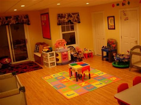 Home Daycare Design Ideas by Home Daycare Layout Homeschool Classroom Layouts