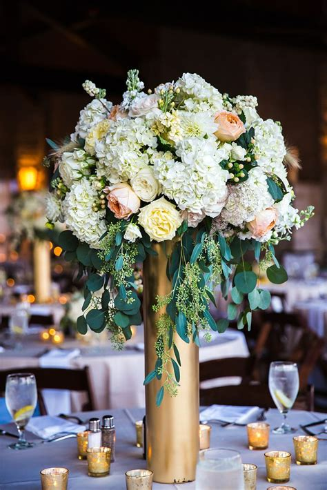 vases for wedding flowers 5 beautiful vase centerpieces for your wedding