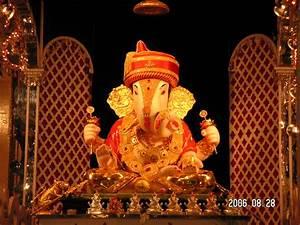 Dagdusheth Halwai Ganapati Temple Radhe Guru Maa