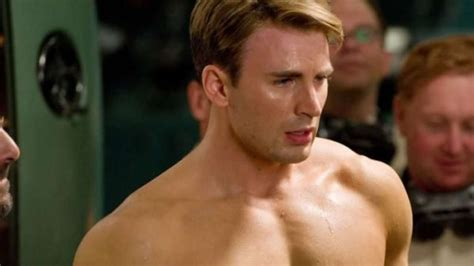 'Captain America' Chris Evans accidentally leaks a nude ...