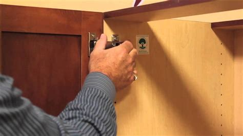 fixing kitchen cabinet doors how to remove your cabinet doors in 60 seconds 7223
