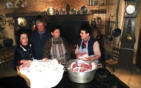 label cuisine perigueux la vraie cuisine du cochon sud ouest fr