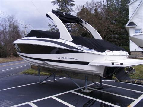 Bowrider Boats For Sale In Maryland by Regal 2500 Bowrider Boats For Sale In Maryland