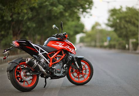 Review Ktm Duke 390 by 2017 Ktm Duke 390 In Depth Review Throttlequest