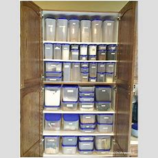 Amazing Organized Pantry! That Is The Power Of Tupperware