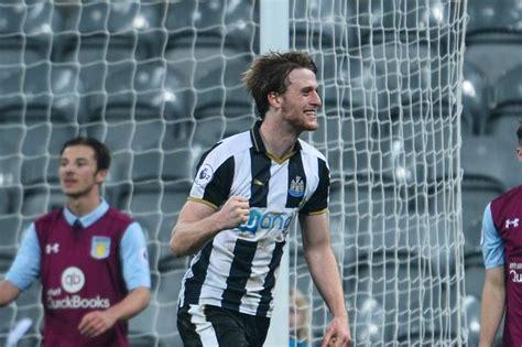 Who is Dan Barlaser? The Newcastle United midfielder ...