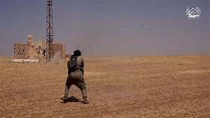 Islamic State video shows Assad army base massacre ...