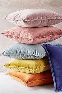Simple, Throw, Pillows
