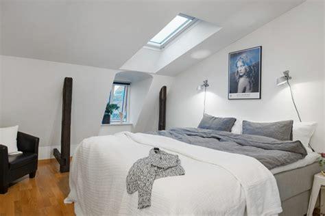 applique murale chambre à coucher le charme envahissant de l 39 applique liseuse archzine fr