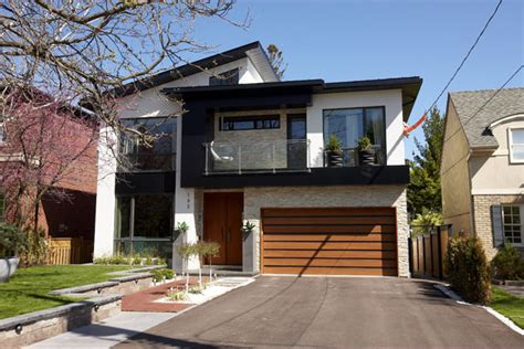 Modern Style Homes In Toronto