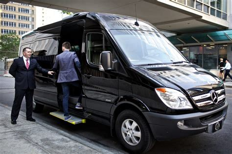 Limousine Transportation Service by What Should You Expect From Professional Transportation