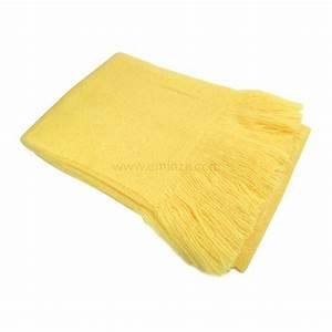Plaid Jaune Et Gris : plaid doux 150 cm shelly jaune plaid cocooning eminza ~ Teatrodelosmanantiales.com Idées de Décoration