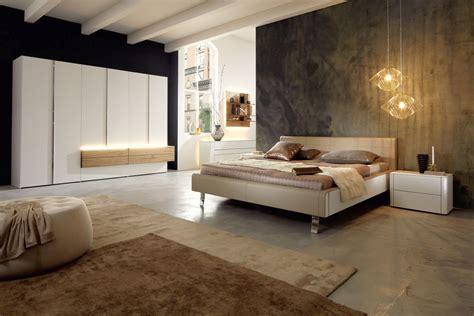 Rustic Home Interior - hülsta schlafzimmer möbel kleiderschrank bett