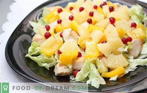 Eksotisks kulinārijas šedevrs - salāti ar vistas fileju un ...