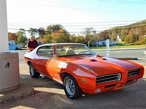 Carousel Red 1969 Pontiac Gto  U0026 39 The Judge U0026 39