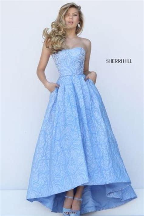 beautiful dresses   wear    friends
