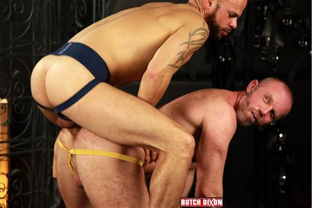 #Delta #Kobra #Barebacking #A #Hairy #Daddy #With #His #Big #Uncut #Cock