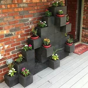 Jardiniere Pas Chere : 7 id es d co jardin r alis es avec des parpaings ameublement pinterest escalier pas cher ~ Melissatoandfro.com Idées de Décoration