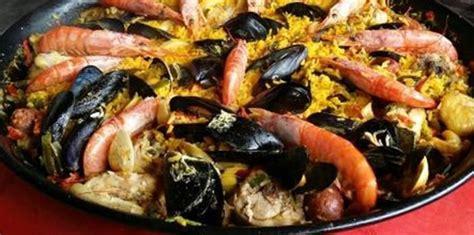 cuisine traditionnelle espagnole paëlla royale la vraie recette espagnol la paella est