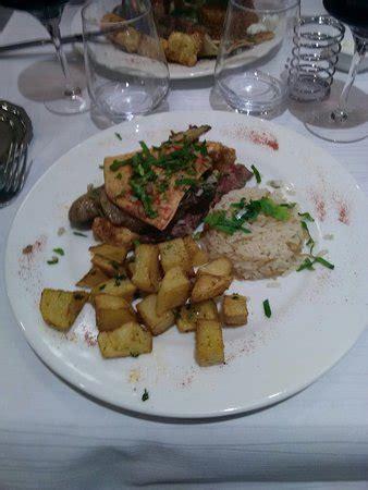 ambassade cuisine restaurant l 39 ambassade dans tremblay en avec