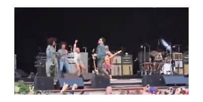 Kravitz Lenny Split Reveal Open Stage Source