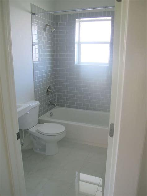 Grey Subway Tile Bathroom Best 25 Gray Subway Tiles Ideas On Bathrooms