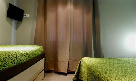 hotel la rochelle chambre familiale hôtel savary 2 la rochelle charente maritime
