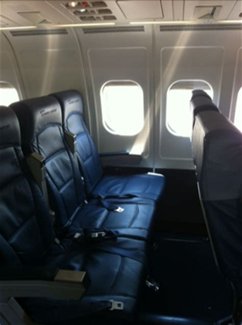 delta comfort class weekend in aruba delta flight and hyatt regency points